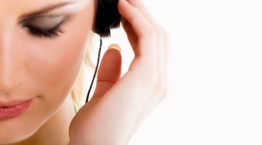 Listen Up! A Guide to Simple ESL Listening Activities for Beginners