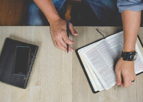 5 Top Teaching Resources for the Best ESL Bible Lessons