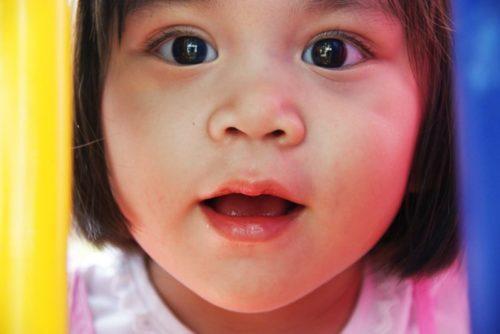 toddler-667300_1280