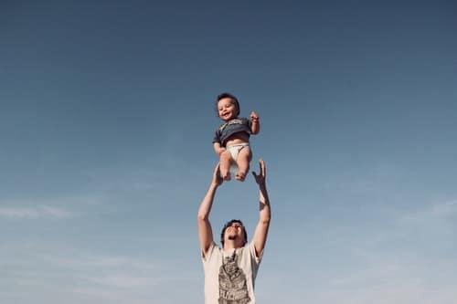 Man Lernt Nie Aus Englisch : wie man mit kindern zu hause englisch lernt 6 lustige ideen f r das t gliche lernen fluentu ~ Watch28wear.com Haus und Dekorationen
