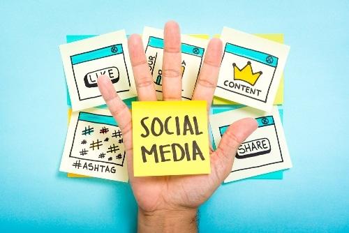 melhorar-ingles-com-midia-social