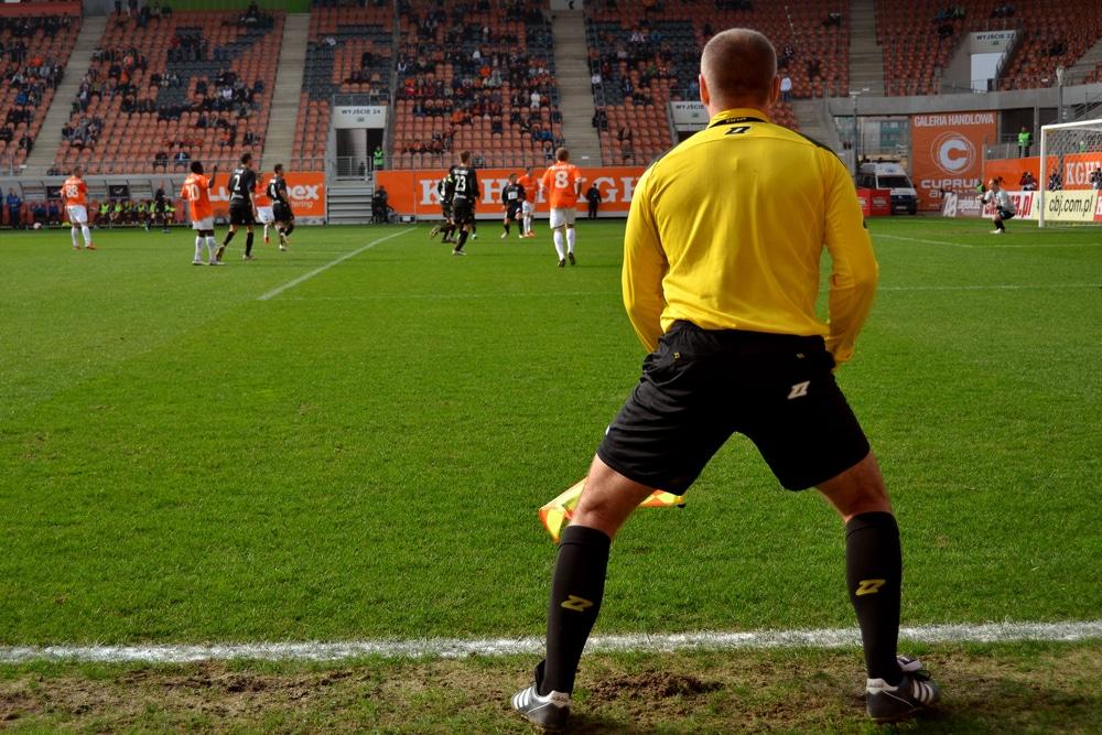 assistant-referee.jpg
