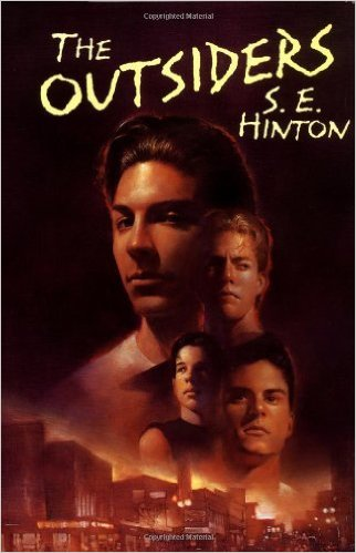An analysis of the characters in the outsiders by se hinton