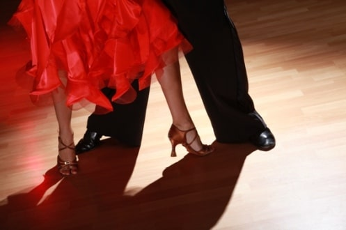 5 Swingin' Songs to Learn Spanish (and Salsa!) on the Dance