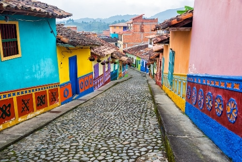 Colombian Slang: 79 Colloquialisms to Speak Like a True Paisa