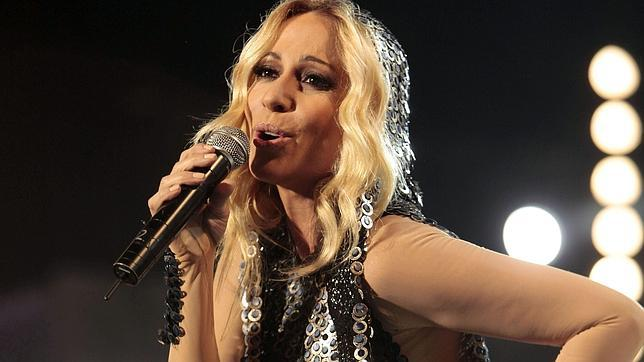 famous spanish singers: Marta Sánchez