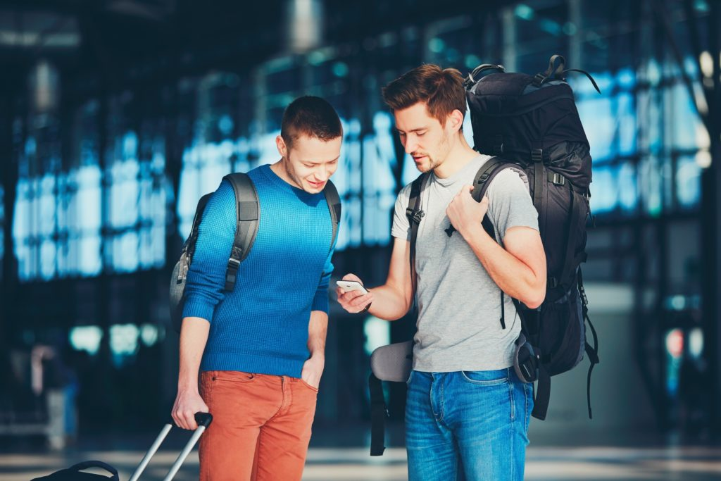 7 Apps To Meet Travelers Make Friends Around The World