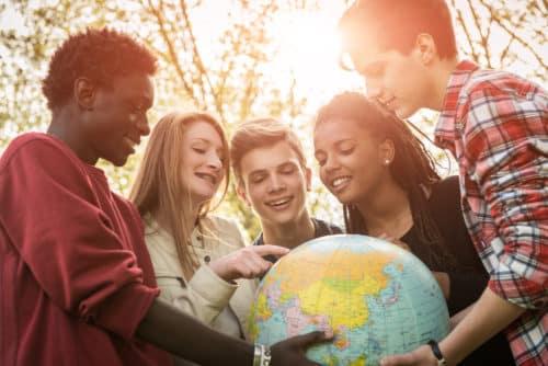 multilingualism advantages